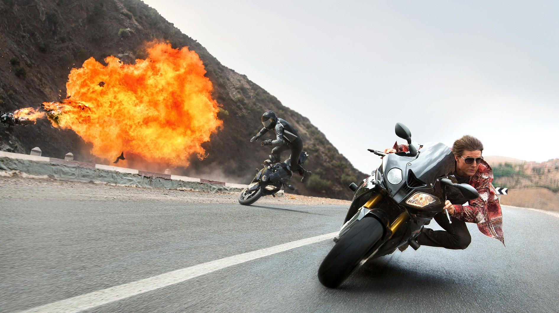 https://cinemaplanet.pt/wp-content/uploads/2016/09/mission-impossible-rogue-nation-motorcycle-explosion_1920.0-e1433808025568.jpg