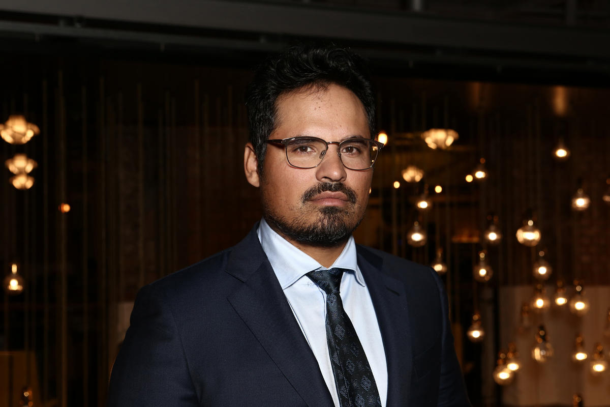 https://cinemaplanet.pt/wp-content/uploads/2017/12/michael-pena.jpg