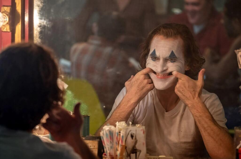 https://cinemaplanet.pt/wp-content/uploads/2019/08/Joker-Joaquin-Phoenix.jpg