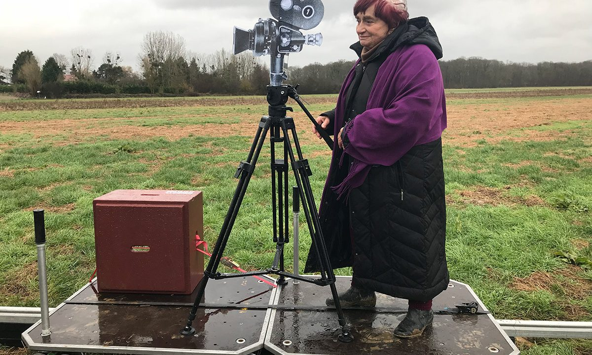 https://cinemaplanet.pt/wp-content/uploads/2020/01/agnes-varda-1200x720.jpg