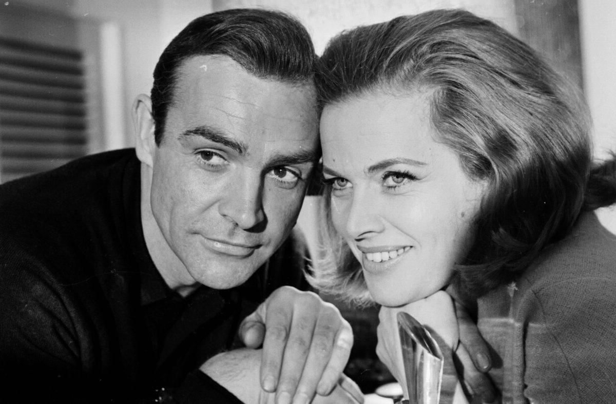 Bond Girl Honor Blackman morreu aos 94 anos